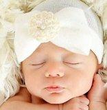 Baby mutsje ziekenhuis 1e mutsje Wit Parel Bloem_
