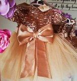 Feestjurk Grote strik met mouwtjes Luxe Goud Handmade _