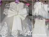 Doopjurk ivoor kant & Bruidsmeisjes jurk handmade special _