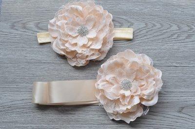 2delige creme Luxe Flower Ceintuur + bijpassende Flower haarband