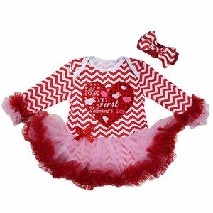 Baby jurk longsleeve My First Valentine's Day streep wit rode hart ruffle mouw