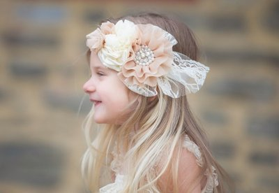 Beauty Grote Luxe haarband Beige Chiffon Beaded Flower