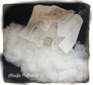 Doop jurk en of Baby Bruidsjurk Ivoor 4delig.