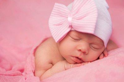 Baby mutsje ziekenhuis 1e mutsje Wit met Roze strik