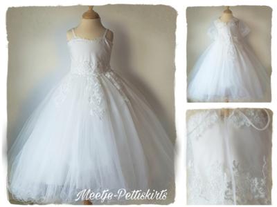 Bruidsmeisje jurk Communie off white Classic Luxe met Cape 98-158