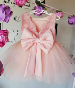 Bruidsmeisjes jurk roze peach Luxe kant maat 56 tm 176