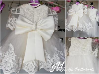 Doopjurk ivoor kant & Bruidsmeisjes jurk handmade special