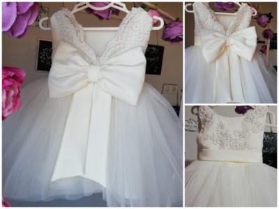 Doopjurk luxe en baby bruilof jurk kant Ivoor maat 56 tm 176