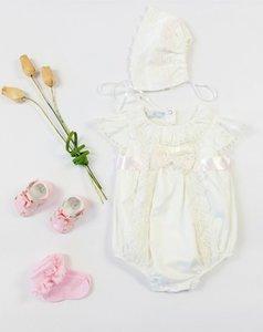 Brocante romper Ivoor Roze  Spanisch Style voor baby's